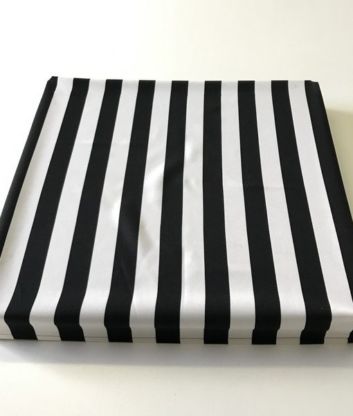 square black and white stripe_resize